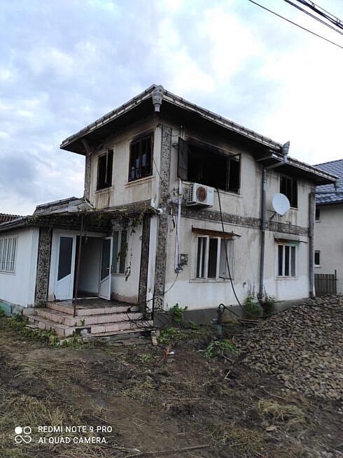 Incendiu la o casă nelocuită din comuna Dornești
