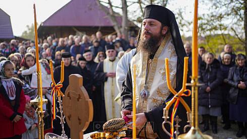 """A fost sfințit paraclisul închinat """"Sfântului Mucenic Ioan Rusul"""" din Voitinel"""